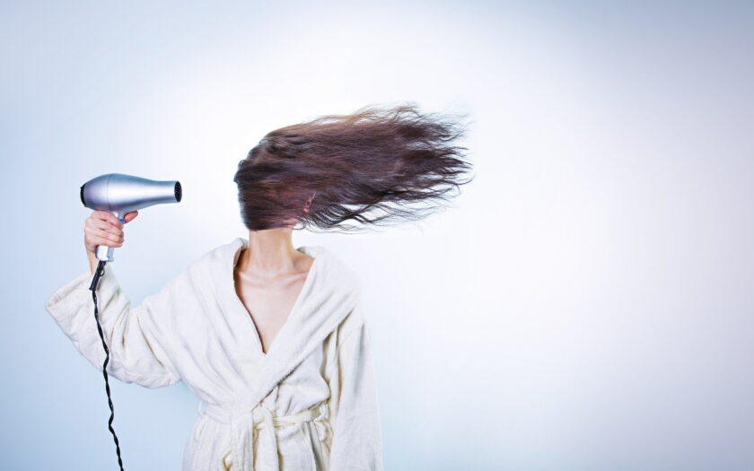 Натуральные методы, которые позволят остановить выпадение волос